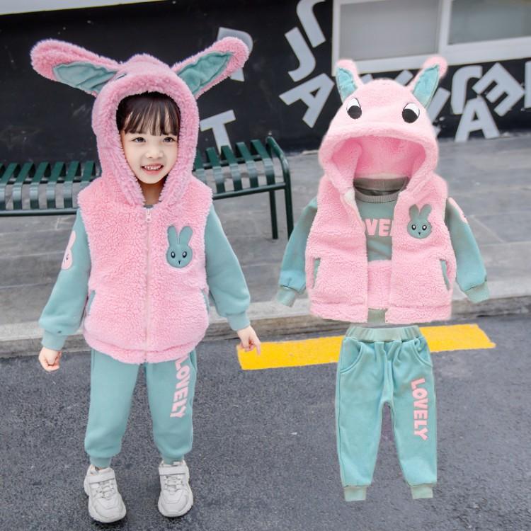 2019年新款韩版兔子三件套织里童装批发厂家直销微商代理加盟一件代发
