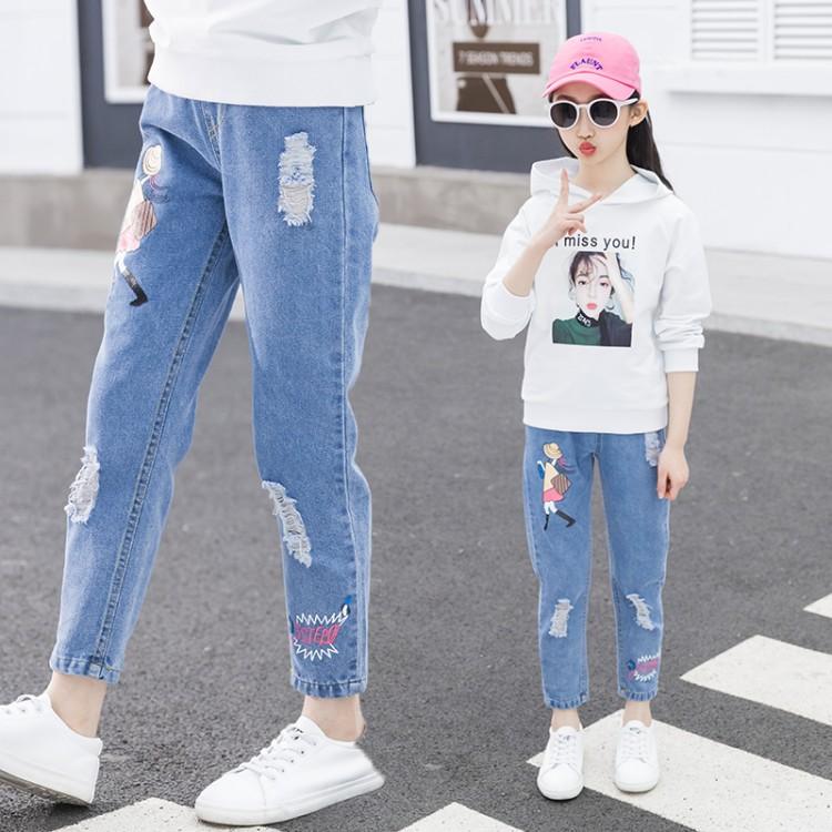 女童破洞牛仔裤,女童2020春季破洞美女字母牛仔裤