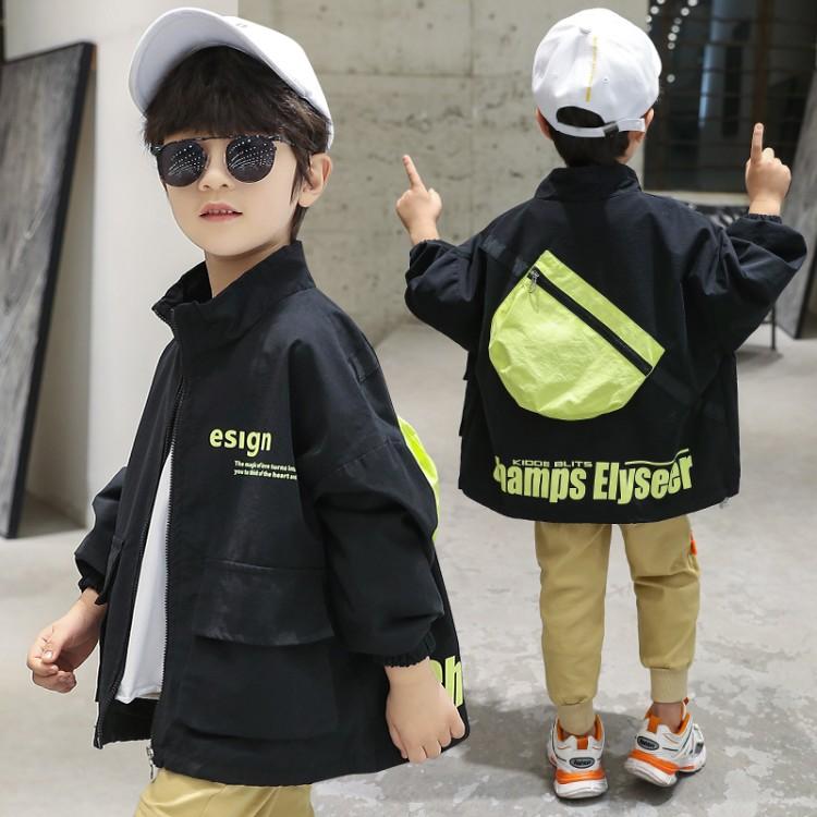 男童背包夹克外套