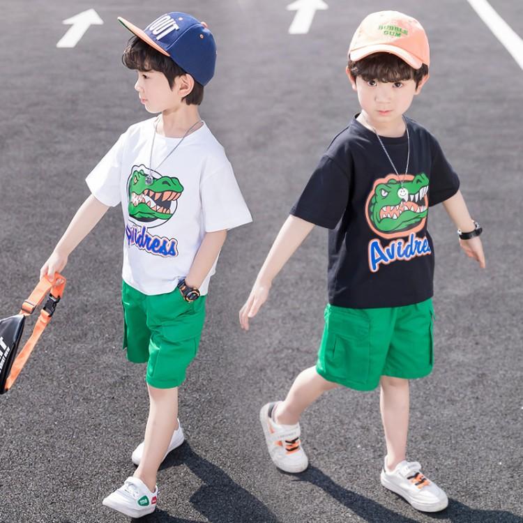新款男童夏装鳄鱼印花T恤套装