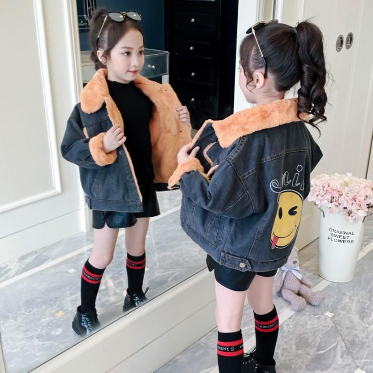 女童笑脸牛仔外套童装拿货 直播带货 就到织里儿童网 一件也批发