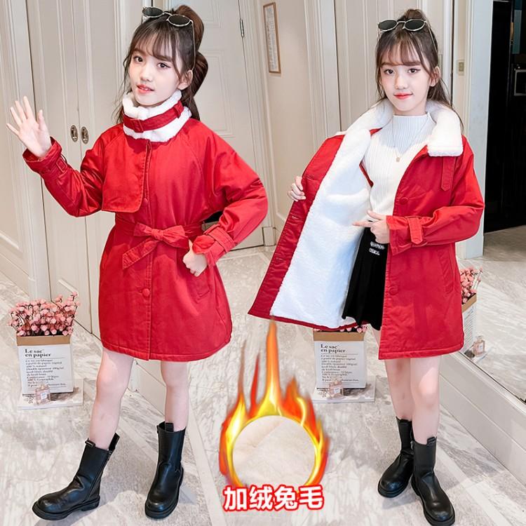 红色腰带派克服